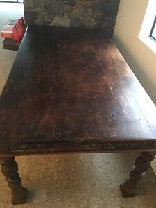 STUNNING solid wood table North Shore Greater Vancouver Area image 1