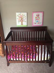 Caramia 3 in 1 Crib with Dresser/Change Table