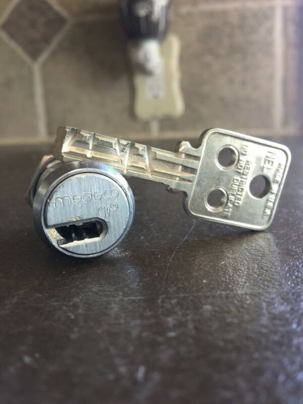 Medeco Duracam High Security Lock w/ Key Cam Format Locksport Belt Pick Gaming