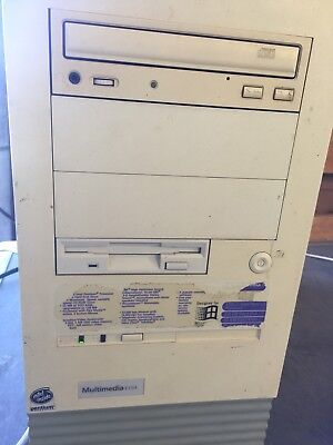 Packard Bell Multimedia Tower Computer E154  Pentium 150Mhz