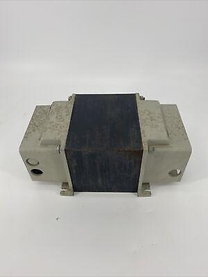 Topaz Line Noise Suppressing Ultra Isolator 91903-44 Capacitance0.001pf 5kva