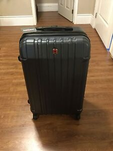Brand new Swiss Gear Suitcase/Luggage