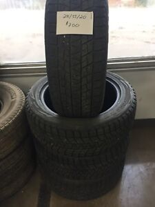 Set of 4, 255/55/17 Bridgestone blizzak winter tires