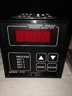 Watlow Series 910 Temperature Controller 910c-1ba0-0000 New