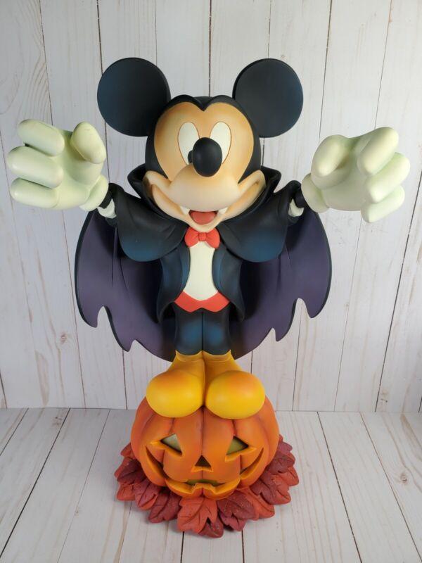 RARE Disney Store Halloween Light Up Mickey Mouse Vampire Dracula Statue Figure