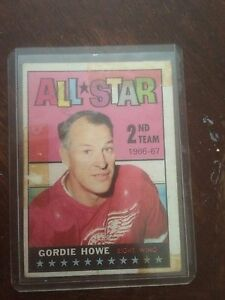 1967 Topps Geordie Howe All star card