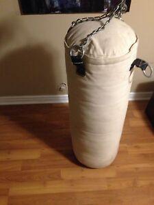 Punching bag/boxing bag