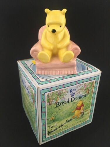 DISNEY+ROYAL+DOULTON+Winnie+The+Pooh++In+The+Armchair+Ornament+Pink+WP4+BOXED