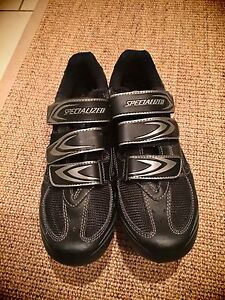 SPECIALIZED BIKING SHOES!! $40