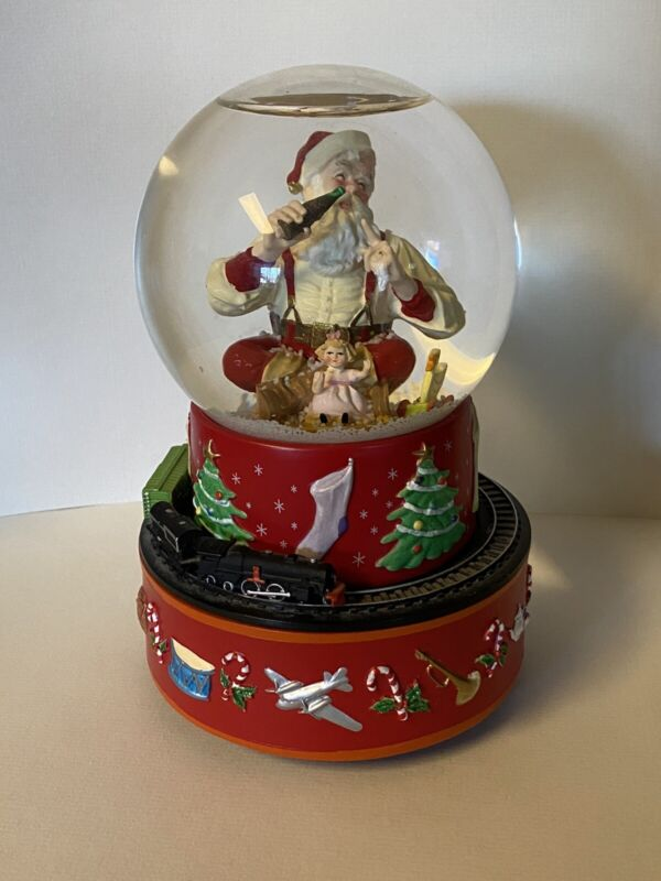 COCA COLA Santa Musical Water Snow Globe W Moving Train 1971 Christmas Music Box