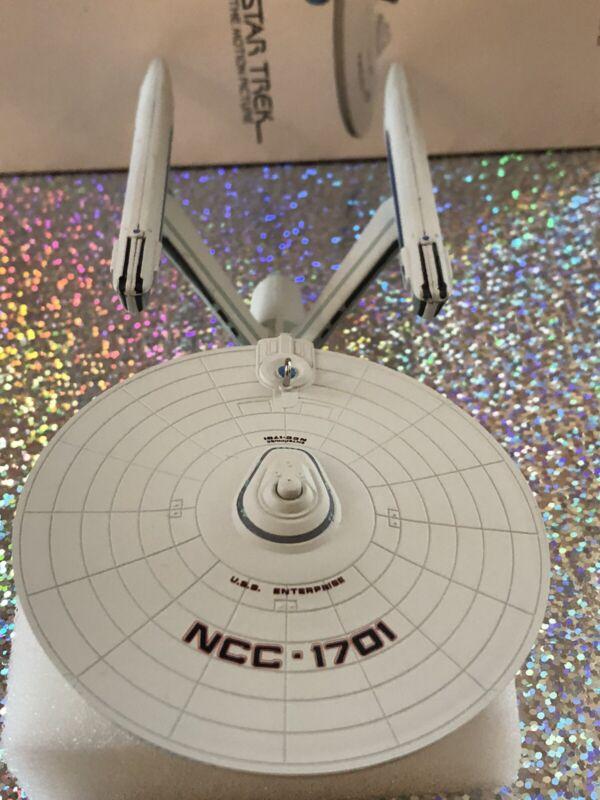 Star Trek USS Enterprise Hallmark Keepsake Christmas Ornament Light Magic