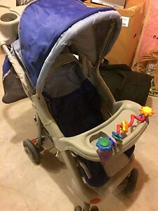 Sturdy stroller in New Like Condition Kitchener / Waterloo Kitchener Area image 1