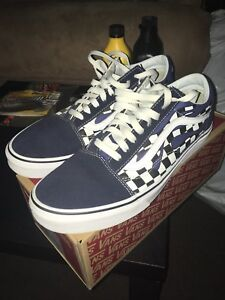Vans Checker Flame(Navy/True White) with box!