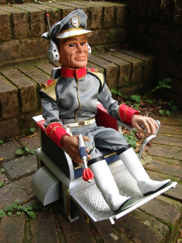 Gerry Anderson Stingray Phones Full Scale Replica Puppet KIT Thunderbirds