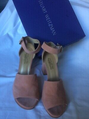 STUART WEITZMAN FOR RUSSELL AND BROMLEY SUEDE SHOES NEW WITH BOOK.