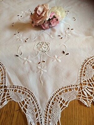 Vintage Linen Tablecloth Cotton Bobbin Lace Scalloped Edge Hand Embroidered