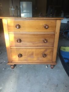 Antique pine chest of draws