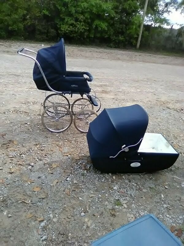 Retro Vintage Inglesina Carriage Biggie Stroller Navy Blue