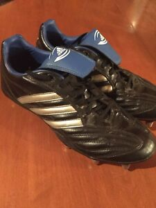 FOR SALE: Adidas rugby or football cleats