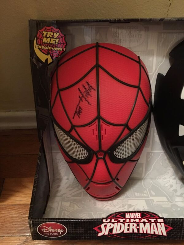 AVENGERS INFINTIY WAR SIGNED TOM HOLLAND SPIDER-MAN MASK AUTO FULL NAME PROOF