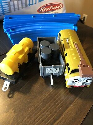 2004 TOMY Thomas the Train Trackmaster DIESEL 10 Motorized Train Engine Truck