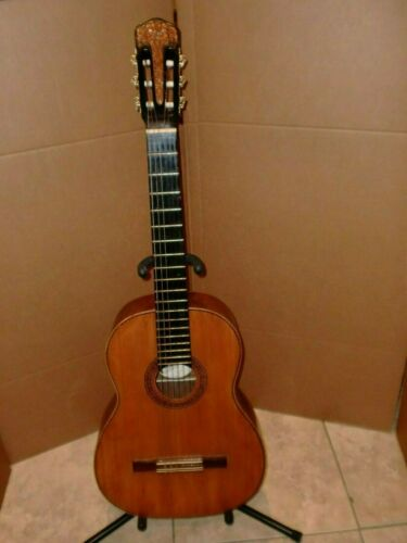 VINTAGE MADE IN ARGENTINA MORENO HERMANOS FONSECA CLASSICAL GUITAR... VERY RARE