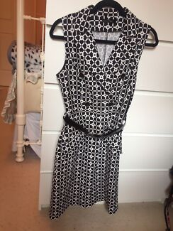 Black and white pattern dress with belt size 10