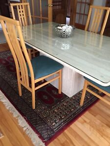 Must go!! Granite table with 6 chairs and side table