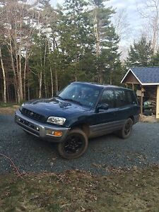 1999 RAV4    5 speed