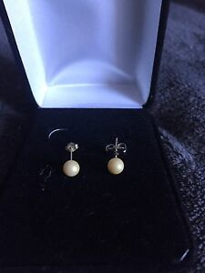 Pair of Pearl Earrings