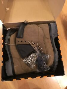 New in box, Tracker steel toe boots (Size 10.5 mens)