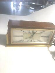 Mid Century  Modern  Seth Thomas clock model Baxter 2-E