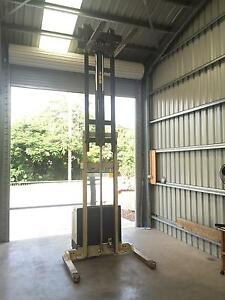 Crown Walkie Forklift Cluden Townsville City Preview