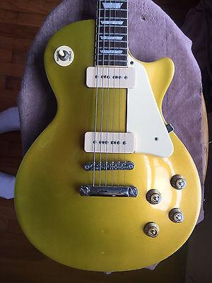 Gold Top Agile 2500 Electric Guitar P 90 Pickups Original Lawsuit Headstock