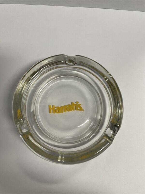 NICE HARRAHS CASINO GLASS ASHTRAY RENO & LAKE TAHOE ROUND CLEAR Yellow LOGO