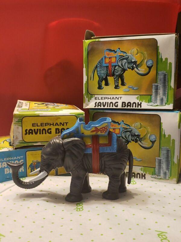 VINTAGE MECHANICAL BANK CIRCUS ELEPHANT SAVING COIN in box! Hong Kong, Works!