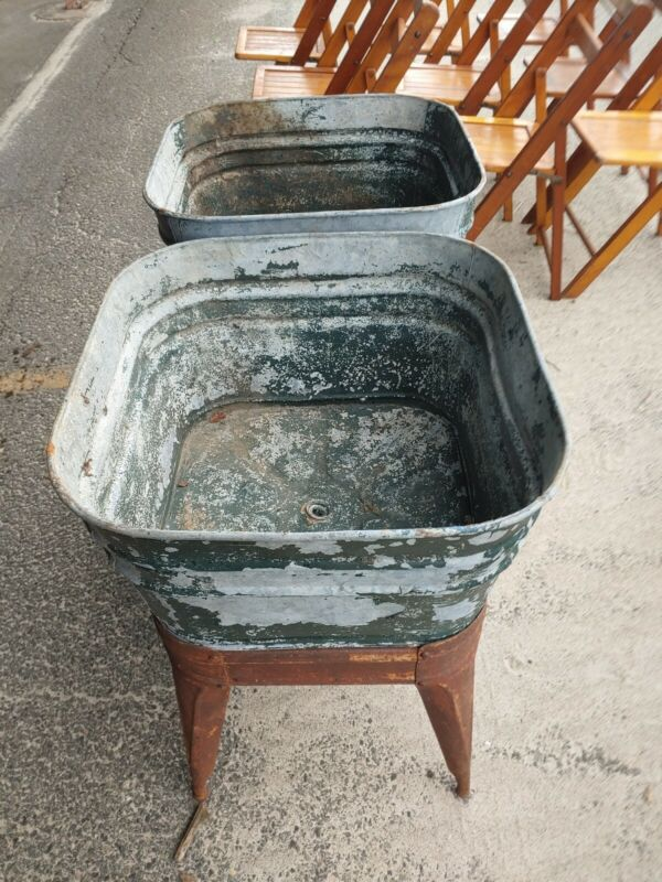 ANTIQUE WHEELING DOUBLE WASH TUB SINK ON STAND