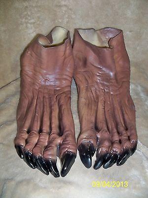 WOLFMAN WEREWOLF MONSTER BROWN  FEET SHOE COVERS COSTUME DU981 (Monster Feet)