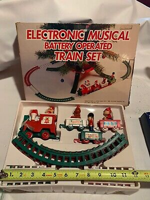 Musical Christmas Train Set by Yuletide Concepts 1985 Battery Operated With Box