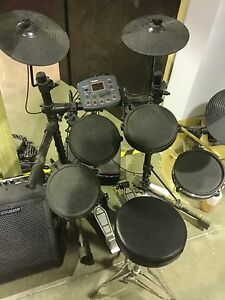 Electric drum kit Bayswater Knox Area Preview
