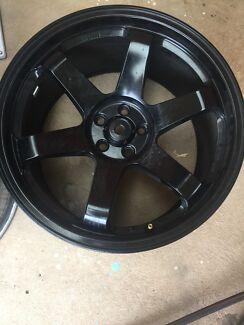 18 inch wheels  235/40/18