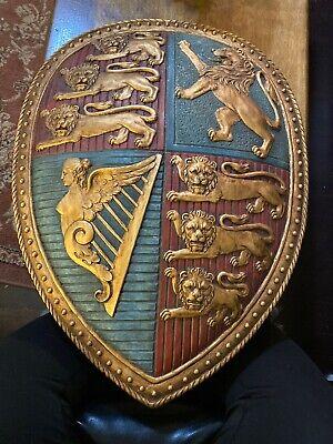 Design Toscano Queen Victoria Royal Coat of Arms Shield Sculpture 3D Wall -