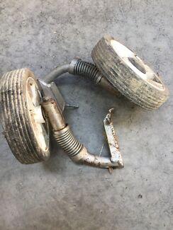 Motorbike training wheels