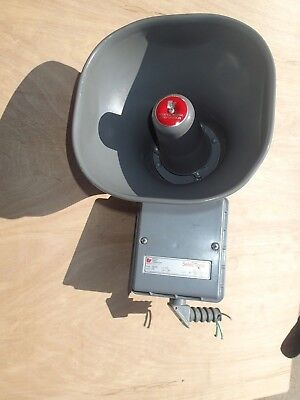 Federal Signal Selec-tone 300d Pa Speaker Public Address Horn Siren Alarm