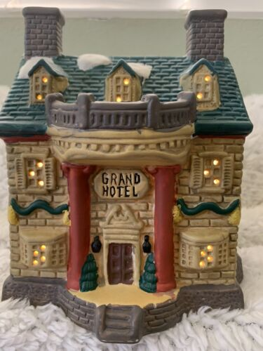 Christmas 1994 Collection~ Lighted Grand Hotel