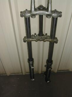 PAIR OF FRONT FORKS FOR WHICH I BELIEVE ARE FOR A YAMAHA? Salisbury Park Salisbury Area Preview