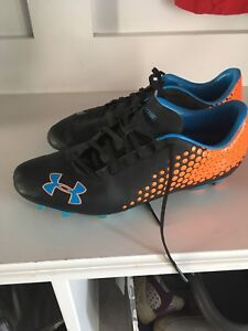 Under Armour women's cleats 8.5