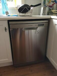Fisher & Paykel dishwasher 14 place 8 wash prog Willoughby Willoughby Area Preview