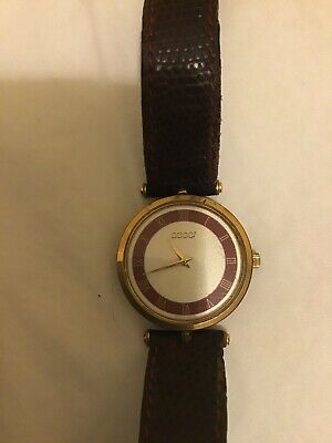 Ladies vintage gucci watch