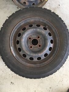 2 Goodyear Nordic 175/65/14 winter tires